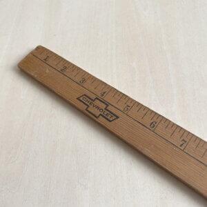 ヴィンテージ 木製物差し(ルーラー)シボレー